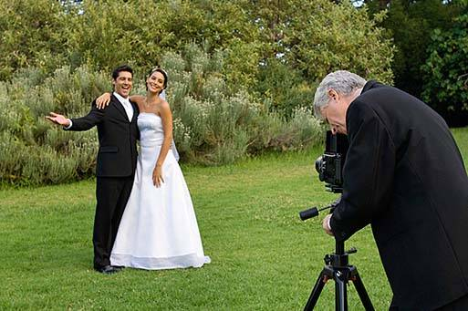 Wedding photographers 5 ways to find them are you trying to find a photographer for your wedding but slowly losing your mind im here to take away some of your angst with five helpful tips junglespirit Gallery