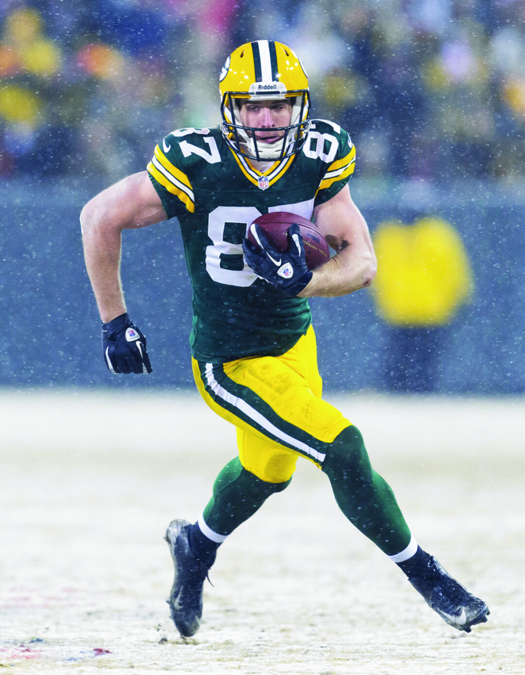 Packers wide receiver Jordy Nelson (right) returns this year, after a torn ACL kept him off the field for the entirety of last year's regular season.