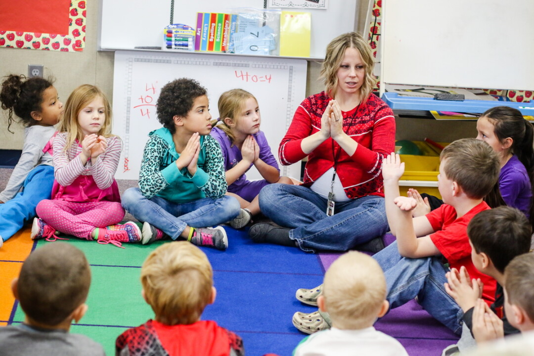 Mindfulness In The Classroom - Students, Teachers Say-2057