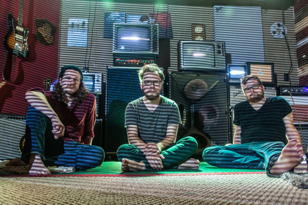 THROUGH THE BLINDS. Brand new Eau Claire band Chamber Noise is set to make its psychedelic debut with powerful rock songs and inventive on-stage visuals.