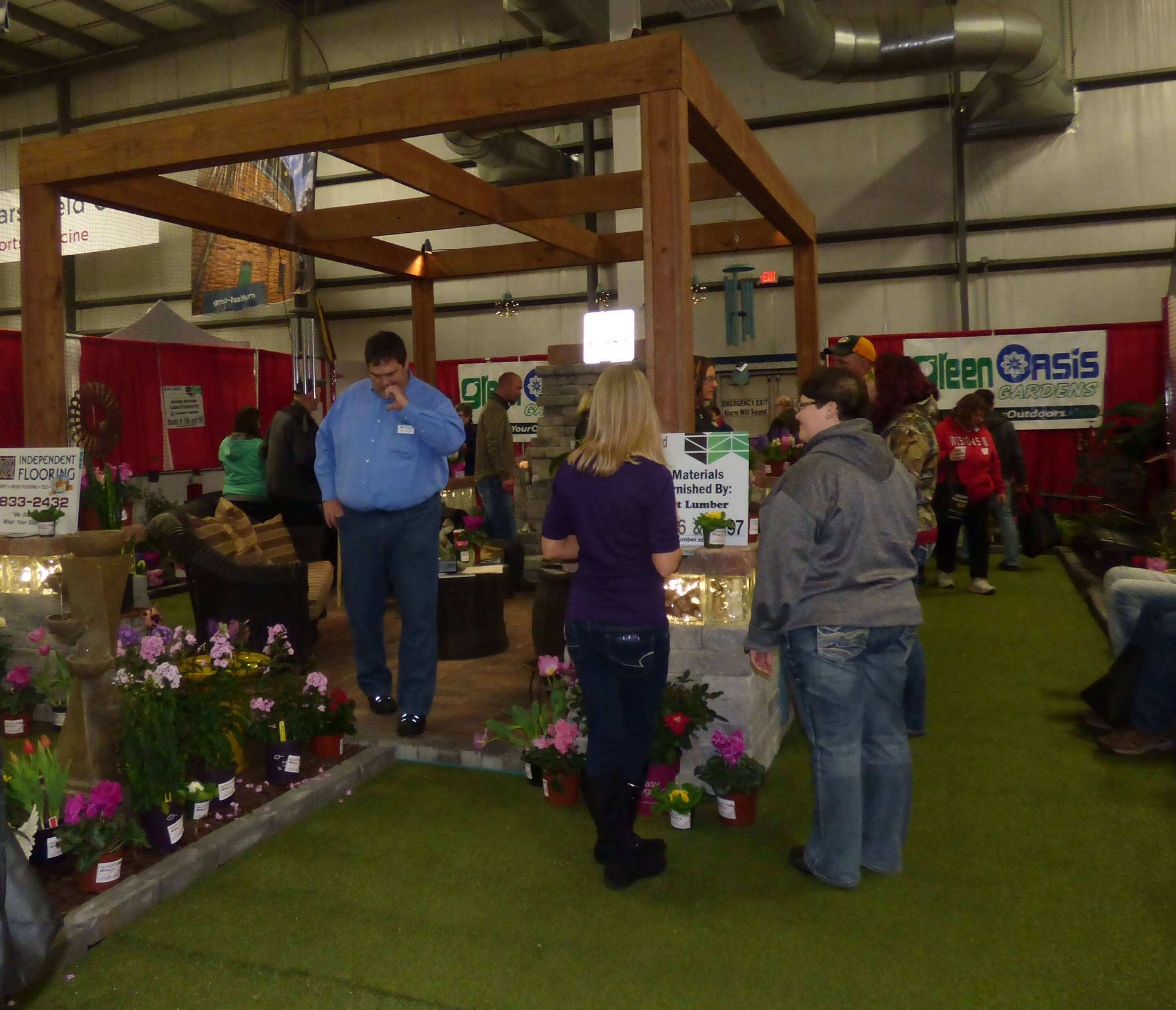 40th Annual Home & Garden Show - Eau Claire Indoor Sports...