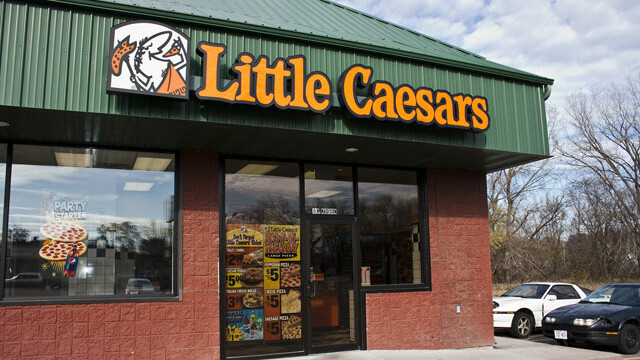 Located in Eau Claire, Little Caesars Pizza's pizza features homemade tomato sauce and freshly grated cheese. Help yourself to a healthier lifestyle at Little Caesars Pizza, where gluten-free and low-fat options are available. Easily accessible parking options are located near this dining bnightf.mlon: Mall Drive, Eau Claire, , WI.