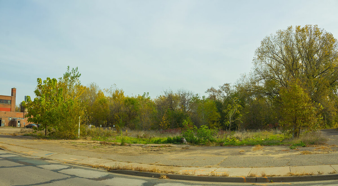 Empty lot in front of the riverfront