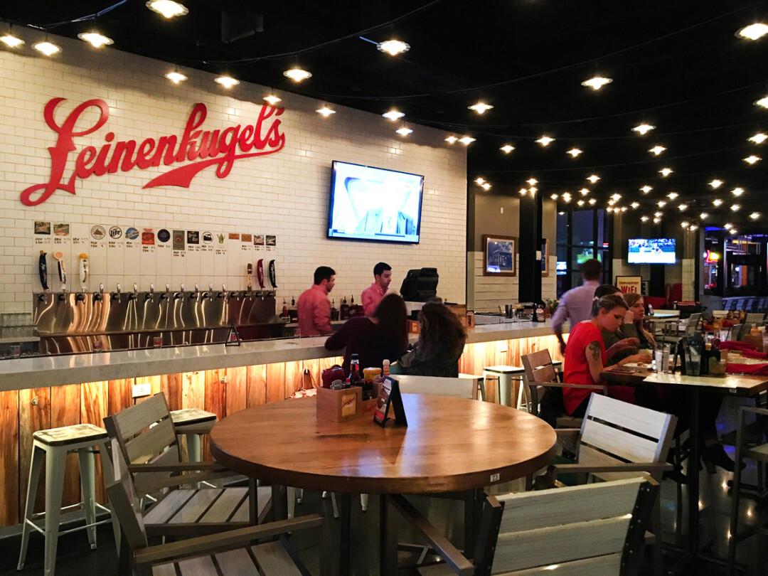 I Tried The New Leinenkugel S Restaurant In Kansas City