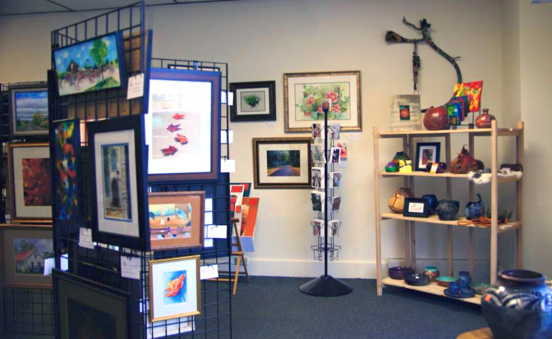 INSIDE IS ARTSIDE. The Valley Art Gallery Co-op in Chippewa Falls features work by 12 regional artists.